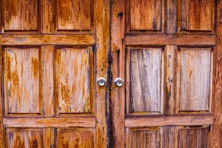 creative uses for barn doors